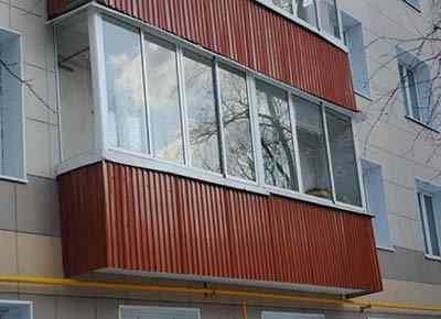 video-obshivki-balkona-fronton-profnastila-3