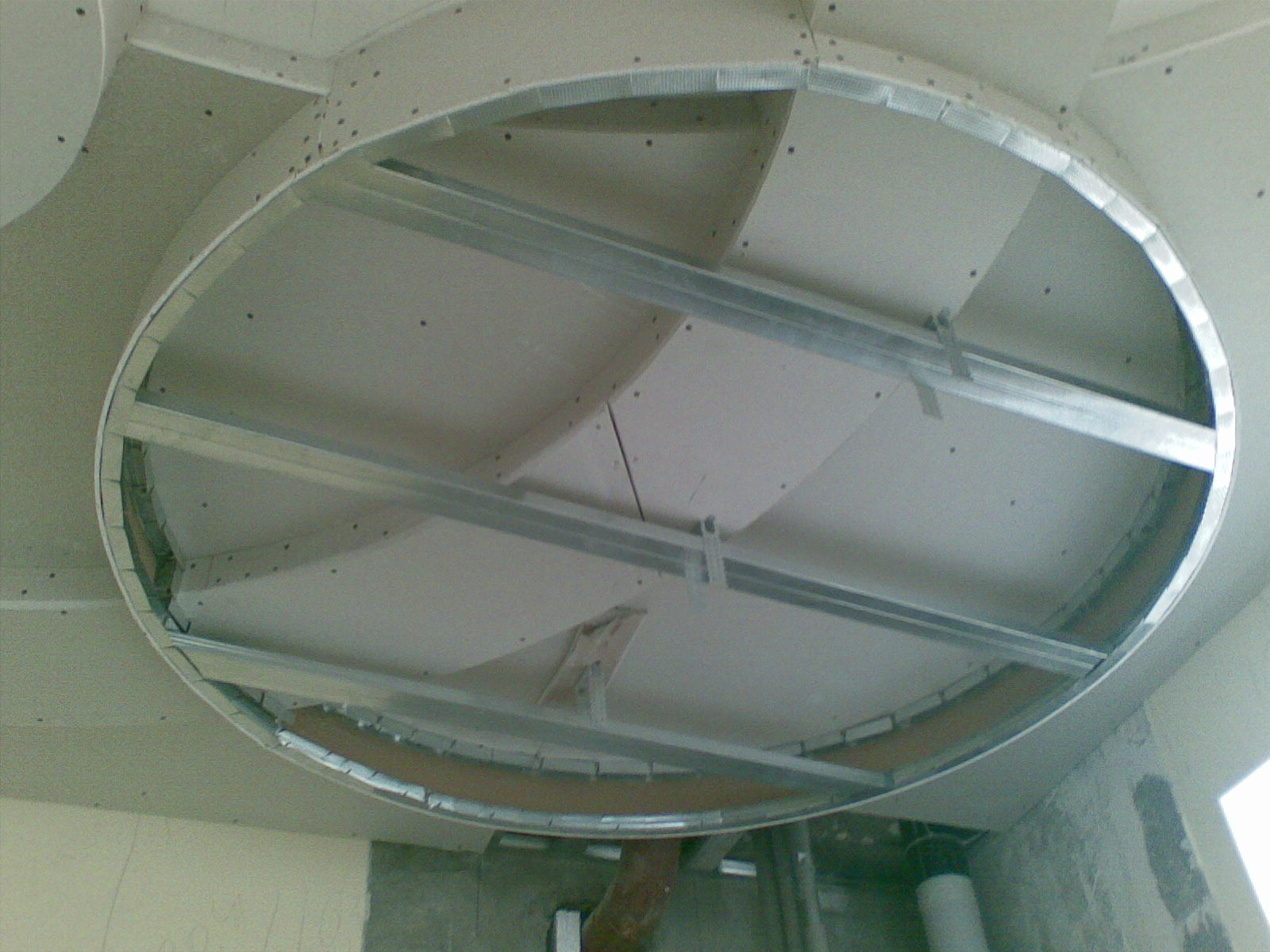 Обустройство потолка