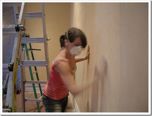 Стоит ли грунтовать стены под шпаклёвку?